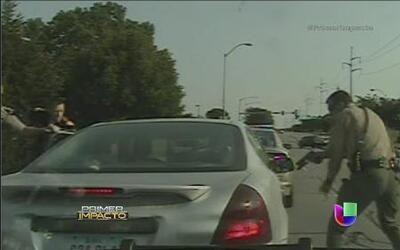 Un policía disparó al auto a pesar de que el conductor ya se había detenido