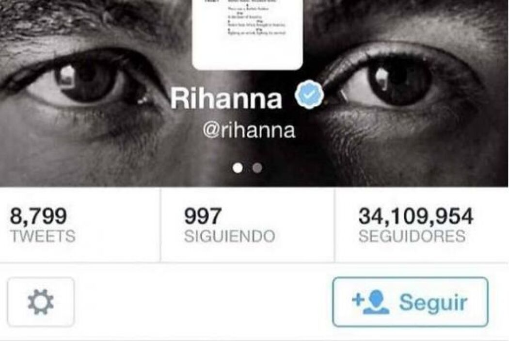 "Rihanna pidió a sus 34.2 millones de seguidores en Twitter: ""Favor mante..."