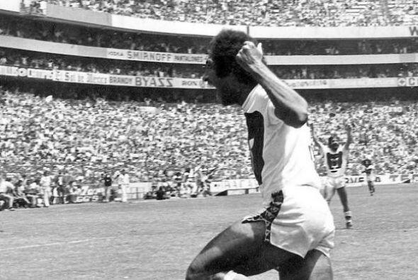 """Evanivaldo Castro, """"Cabinho"""", es una leyenda no sólo de..."""
