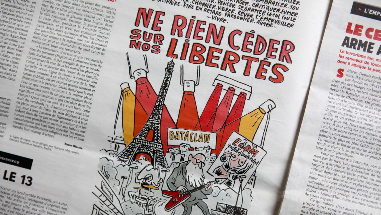 """""""Nunca cederemos en nuestras libertades"""", traduce esta viñeta del número..."""