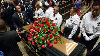 El multitudinario funeral de Michael Brown
