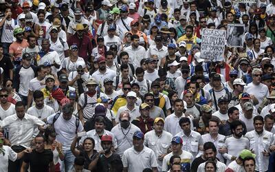 ¿Las protestas y la presión internacional podrían aportar a terminar la...