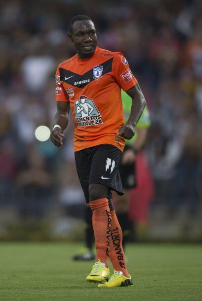 Enner Valencia (6).- El gran goleador del Pachuca tuvo un partido para e...