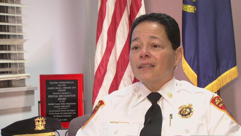 Milagros Soto, la hispana subcomandante del tercer cuartel de la policía...
