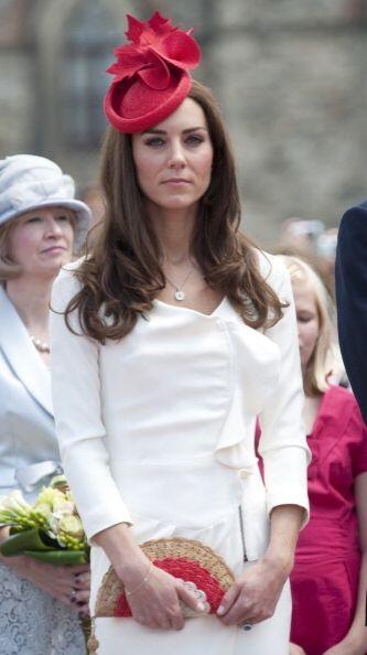 Sea cual sea el estilo, diseño o modo de llevar un bolso, Kate Middleton...