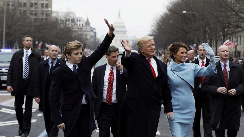 El presidente Donald Trump junto a su esposa, la primera dama Melania Tr...