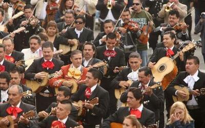 Estas son las canciones mexicanas más recomendables para celebrar a lo g...
