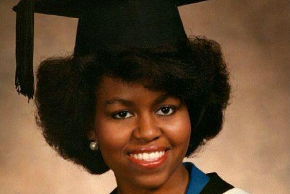 En 1988, Michelle se licenció en Leyes en la Facultad de Derecho de Harv...