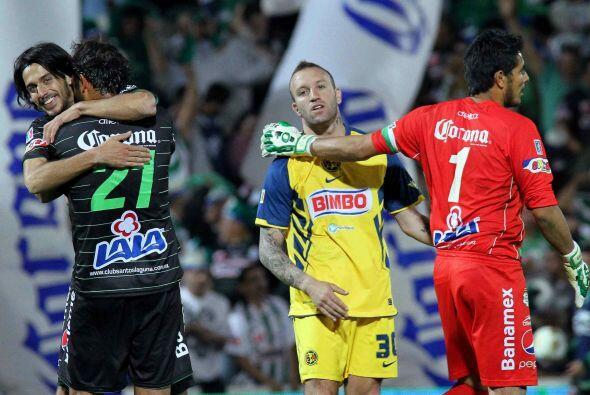 Sin embargo el triunfo volvió a manos de los Santos en el Apertura 2010,...