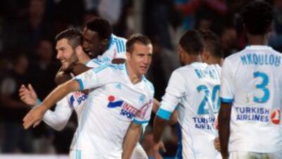 Gignaco hizo los dos últimos goles del Marsella, para asegurar la victor...