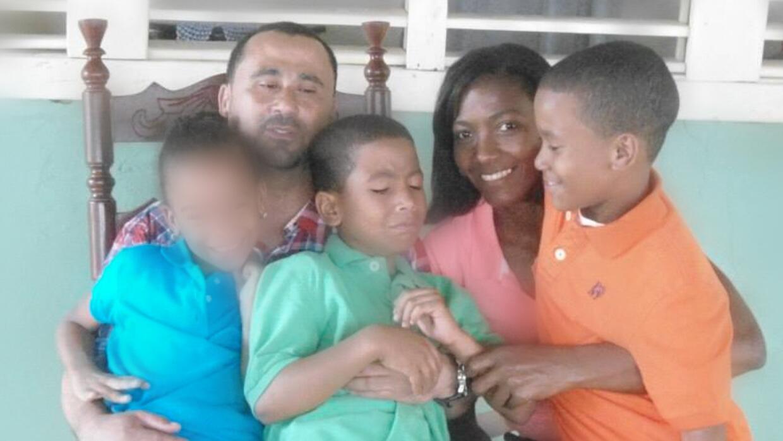 La familia Cruz García regresará a Nueva York sin dos de sus tesoros, Re...