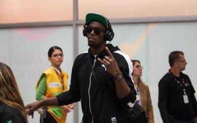 Usain Bolt en su arribo a Río de Janeiro.