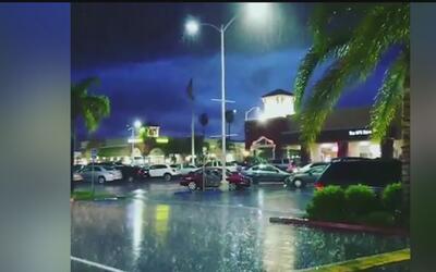 Alerta por fuerte tormenta que podría causar emergencias en Santa Clarita