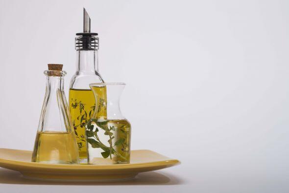 También puedes preparar tu propia vinagreta con un poco de aceite de oli...