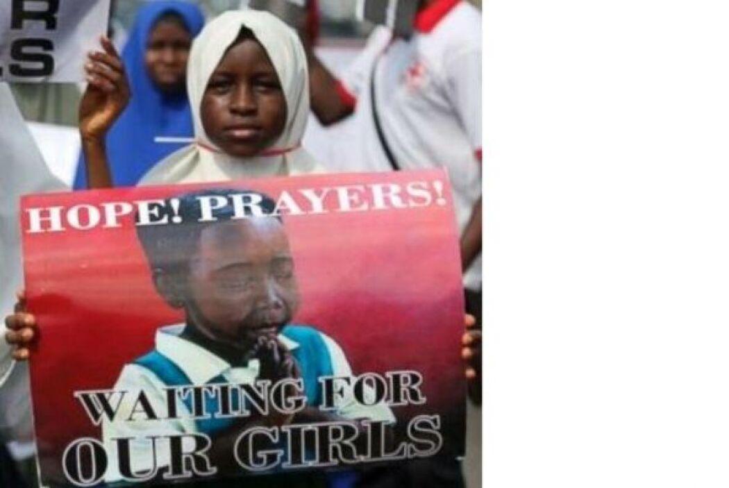 #BringBackOurGirls (Devuélvanos a nuestras niñas), un hashtag que pide p...