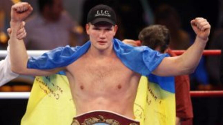 Alexander Dimitrenko sigue ganando enteros en los pesos pesados.