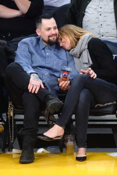 Los recién casados acudieron al encuentro de los Lakers y Washing...