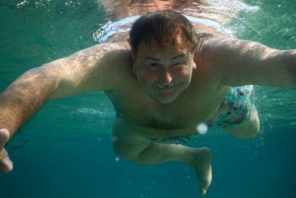 Sabemos que Raúl es un gran fotógrafo, y no podía faltar la imagen dentr...