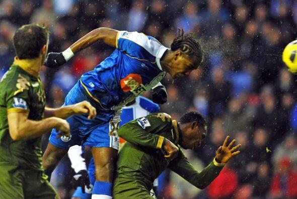 Wigan se puso en ventaja por intermedio del colombiano Hugo Rodallega. E...