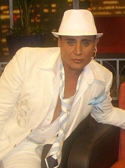 El actor y cantautor Eduardo Antonio también da testimonios impac...