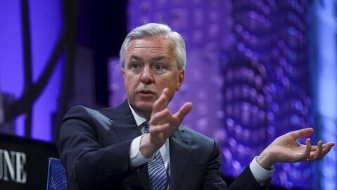 John Stumpf, máximo ejecutivo de Wells Fargo desde 2007, gan&oacu...