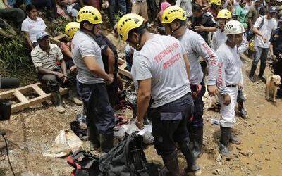 Veinte de los mineros atrapados en Nicaragua se reportan vivos