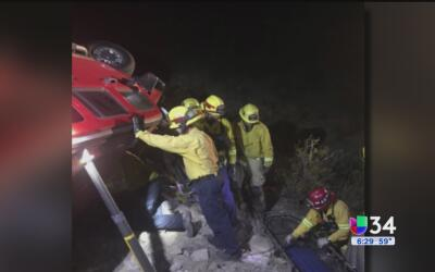 Rescatan a mujer que pasó cinco días atrapada en su camioneta en San Ber...