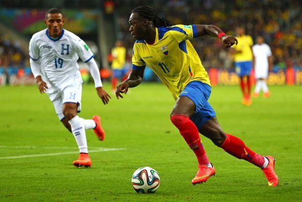 Mientras que por los ecuatorianos el hombre encargado de los goles ser&a...