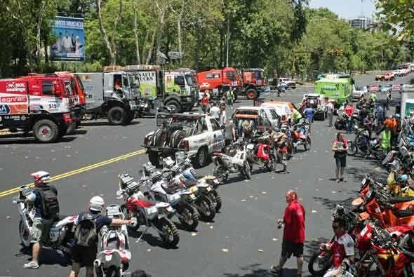 El Rally Dakar 2011 recorrerá rutas de Argentina y Chile en 13 et...