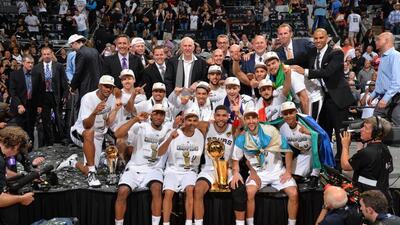 Spurs consiguieron su quinto campeonato