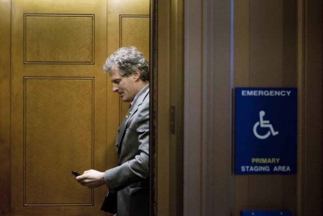 Scott Brown: Candidato a ocupar el escaño senatorial del fallecido Ted K...