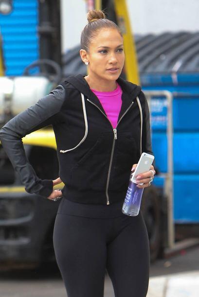 Jennifer iba con ropa muy cómoda y deportiva.
