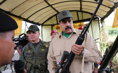 Nicolás Maduro dice que Venezuela está listo para repeler una invasión i...
