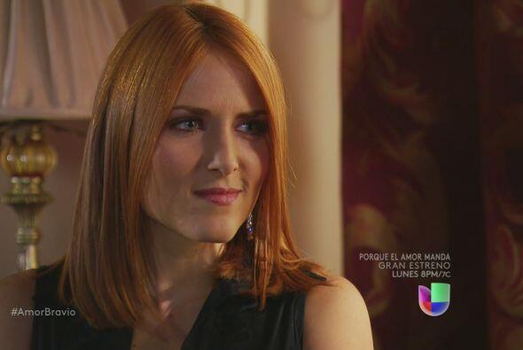 Iliana le dice a Amanda todo lo que sabe, los regalos que Dionisio le ha...