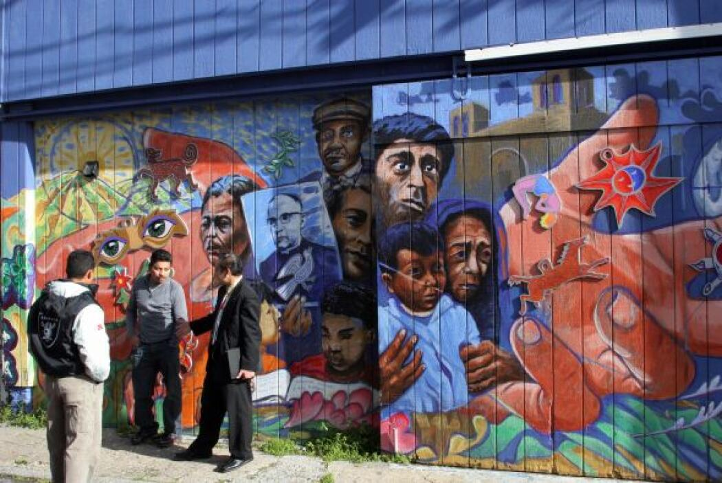 """Mural pintado en honor al arzobispo salvadoreño """"scar Romero, quien fuer..."""