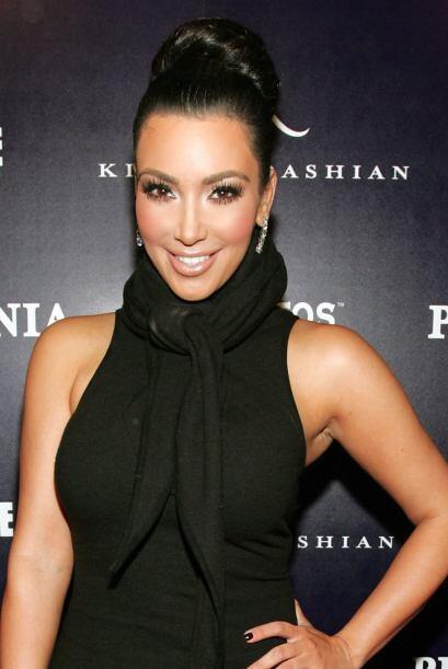 Pero también se ha rumorado que gracias al Botox,  su cara no tiene ni u...