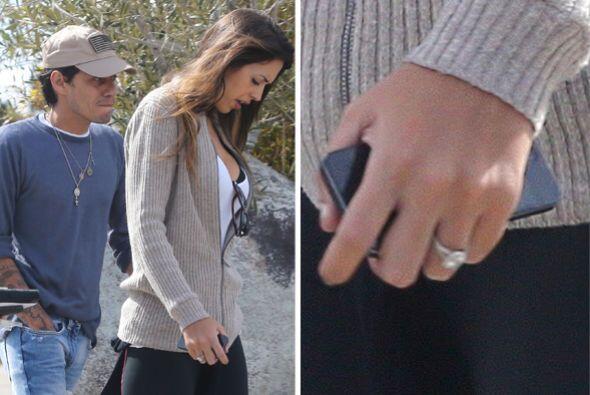 Hasta se comentó que Marc le había pedido matrimonio, pues este anillito...