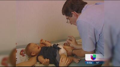 Ante de brote de sarampión puede vacunar a menores de 1 año