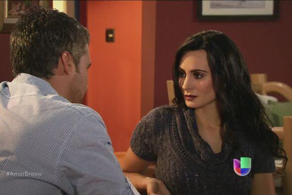 Teresa está atónita antes las palabras de Dante: él quiere una oportunid...