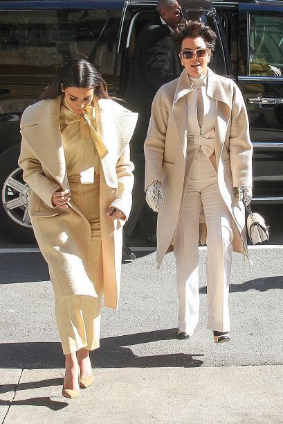 Aunque no vestían el mismo tono, casi parecían gemelas. Mi...