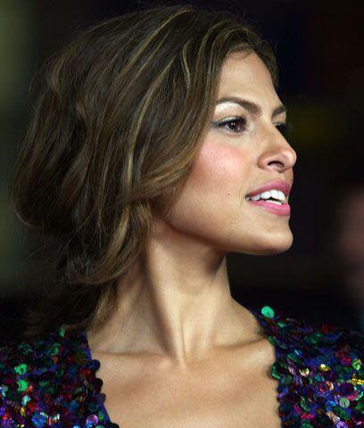 Eva MendesLa latina mejor vestida del 2009 y la que más arranca s...