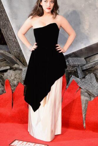 Kat Dennings, quien interpreta a Darcy Lewis en la película dirigida por...