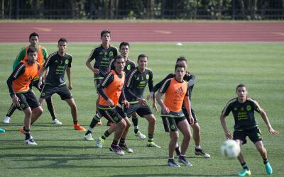 El Tri entrena en Atlanta para enfrentar a Paraguay.