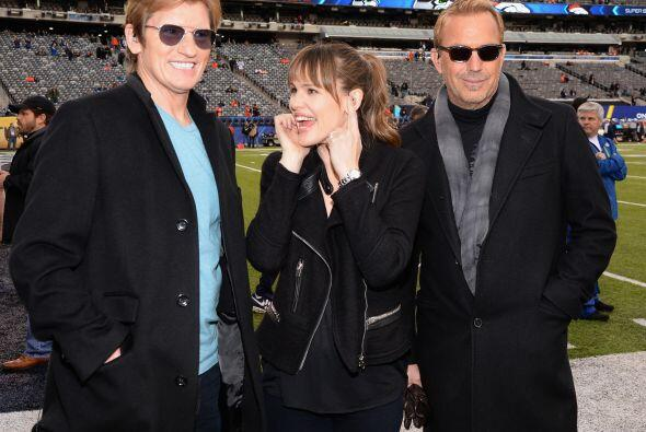 Denis Leary, Jennifer Garner y Costner. Mira aquí los videos m&aa...