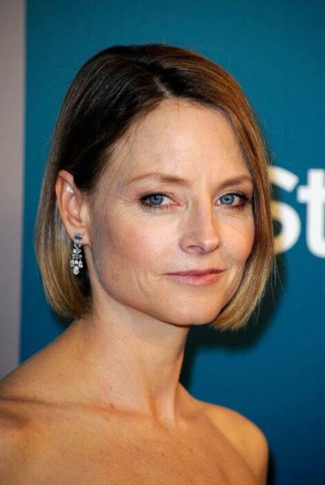 Para el bien de los amantes del cine, Jodi Foster dejó que su ropa se qu...