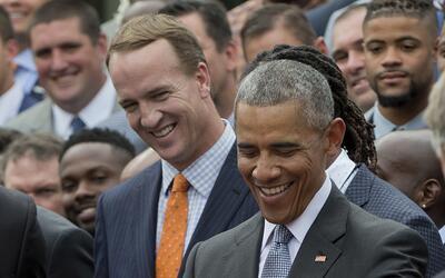 El campeón del Super Bowl visitaron la Casa Blanca. Dale un vista...