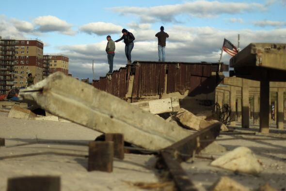 Evitar las muerte de miles de damnificado por Sandy es la prioridad, por...