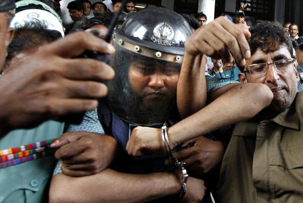 La Policía tiene detenido al propietario del edificio, Mohammed S...