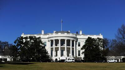 La Casa Blanca en toque de queda por dos horas