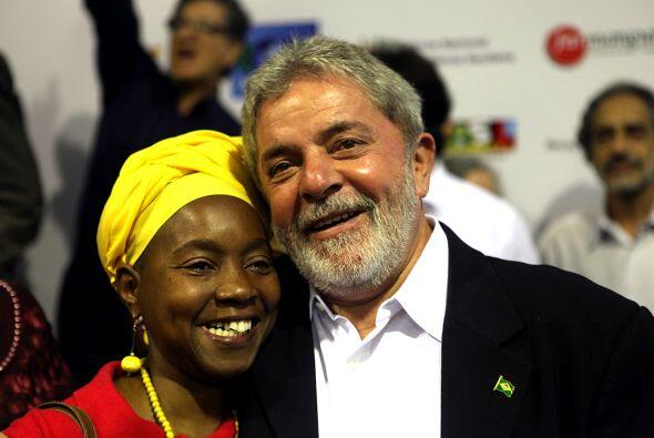 El presidente brasileño saliente, Luiz Inacio Lula da Silva, real...